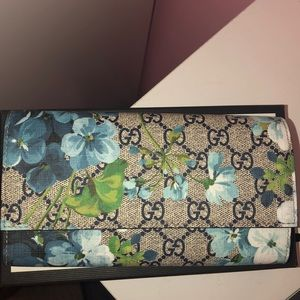 Gucci Blooms Wallet